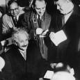 Reyes Zambrano nos habla de la vida de Albert Einstein.
